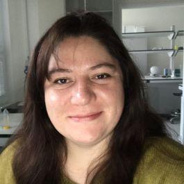 Ana Catalina Lara R.